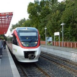 Regiobahn_in_Kaarst_-_geo.hlipp.de_-_5876